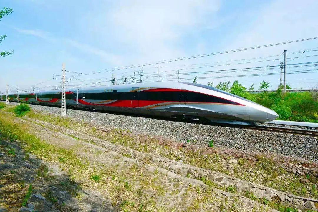 全国铁路25日调图:预留泸州至成都、贵阳、西安、广州等方向动车组